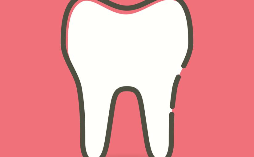 Przepiękne zdrowe zęby dodatkowo efektowny prześliczny uśmieszek to powód do zadowolenia.